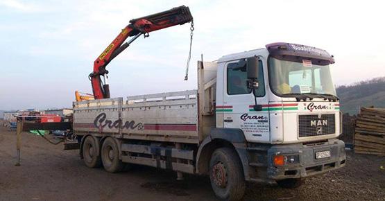 camioane cu hiab 2